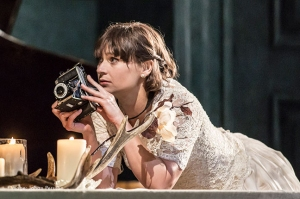 Siân Brooke in Hamlet Photograph by Johan Persson