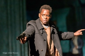 Kobna Holdbrook-Smith in Hamlet Photograph by Johan Persson