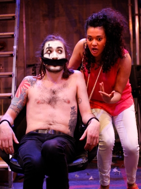 The Buskers Opera - George Maguire and Natasha Cottriall - cSimon Annand