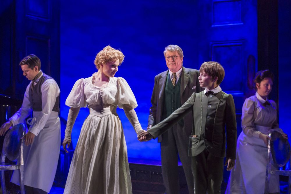 00889 Gemma Sutton,Michael Crawford,  William Thompson (Johan Persson)