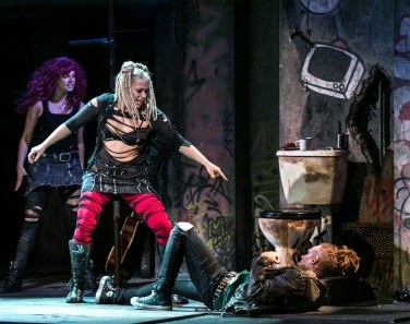L - R Alice Stokoe (Extraordinary Girl), Amelia Lily (Whatsername), Newton Faulkner (Johnny) - American Idiot UK Tour - Photo by Darren Bell (2031)