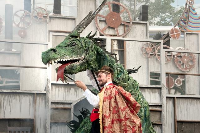 The Wawel Dragon at The Scoop (courtesy Sheila Burnett) 2