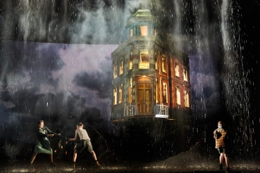 an-inspector-calls-at-the-playhouse-theatre-tabitha-douglas-ben-burely-and-james-hill-photo-by-mark-douet