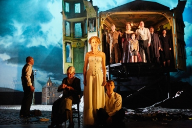 an-inspector-calls-at-the-playhouse-theatre-the-cast-of-an-inspector-calls-photo-by-mark-douet