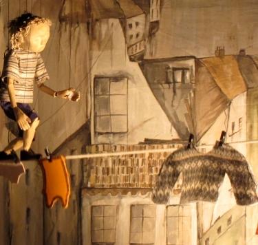 boy-tightropes