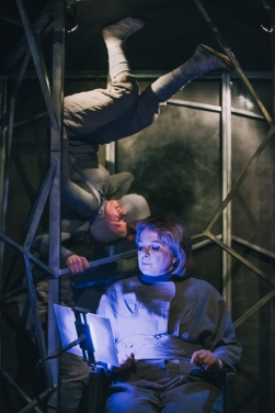 Pilot Theatre - The Machine Stops (5)