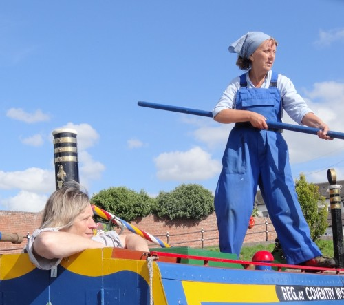 Heather Wastie recreating iconic photo, Stourport