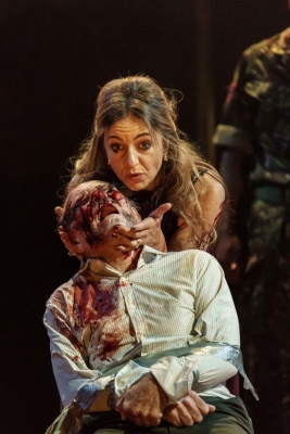 kirsty-bushell-as-regan-and-danny-webb-as-gloucester-in-118660