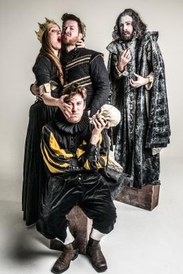 Shit-faced Shakespeare® - Hamlet 2018 - Press Image - ©Rah Petherbridge Photography 2018 - 03 - Lewis Ironside