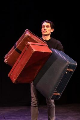 Ed Jones, Another Suitcase in Another Hall, courtesy Origin 8 Photography (07)