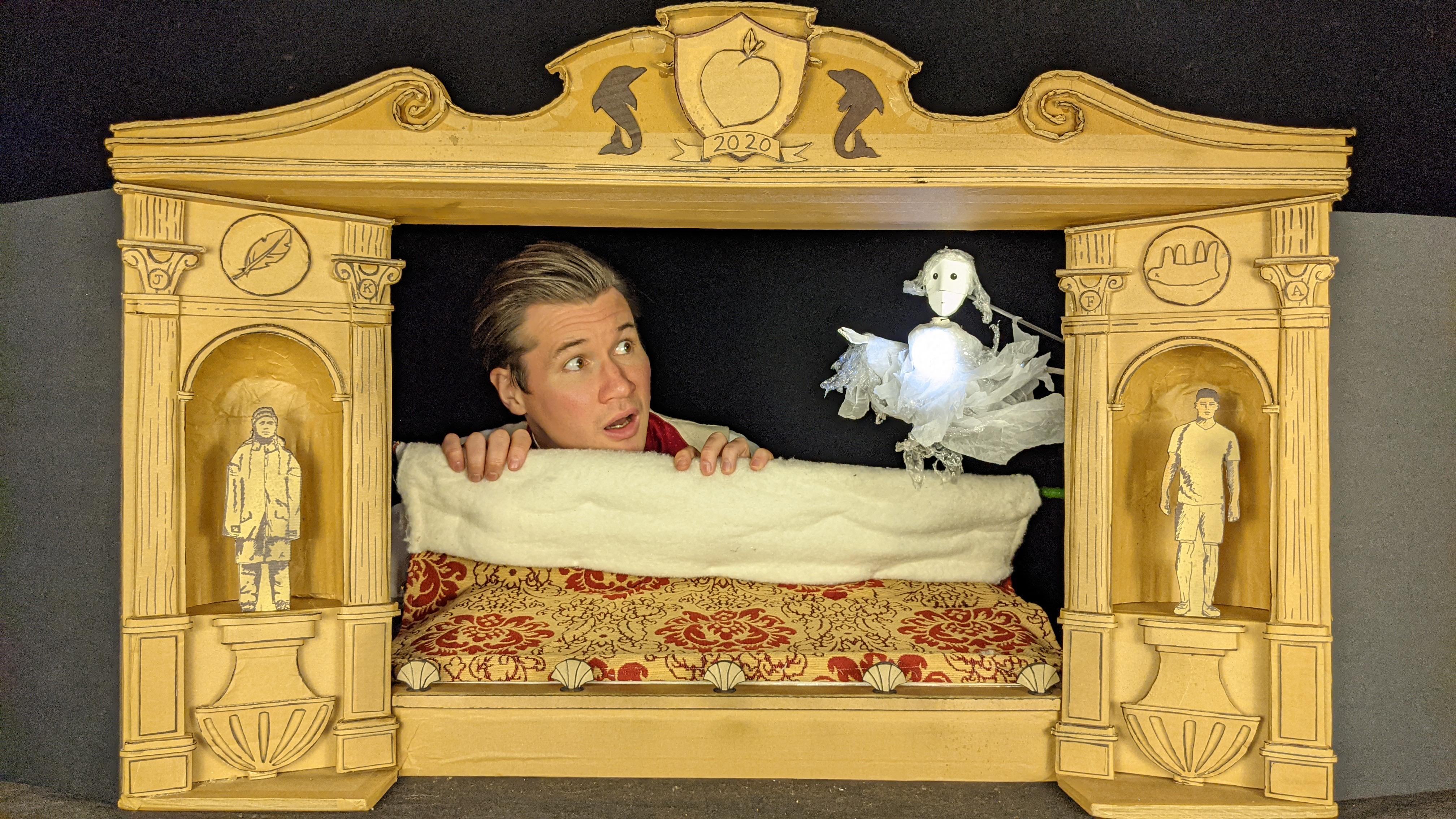 Ian Nicholson, Polka Theatre's A Christmas Carol (9)